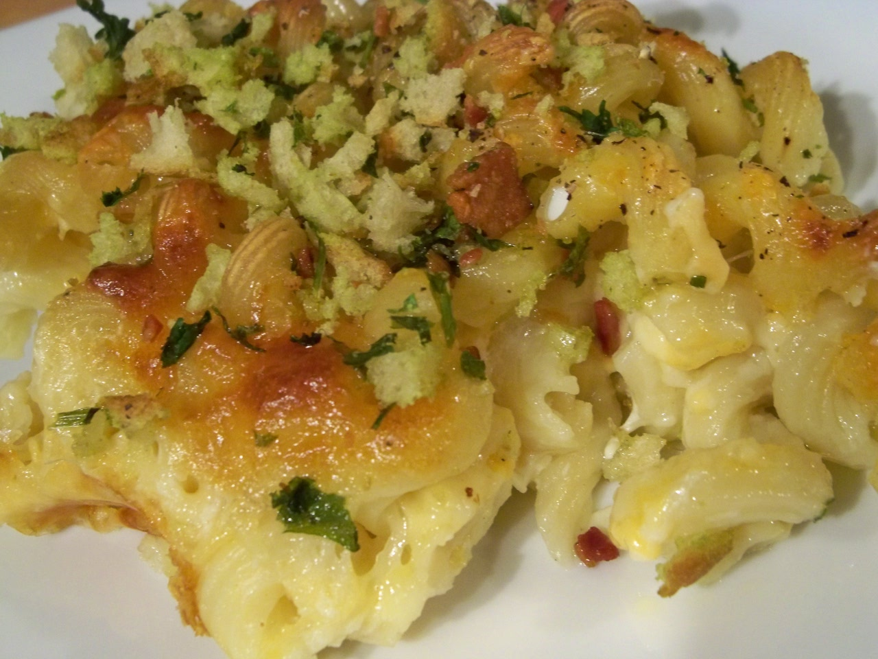 Mac and Cheese 007 1024x768 Day 4: Macaroni and Cheese with Bacon Herb ...